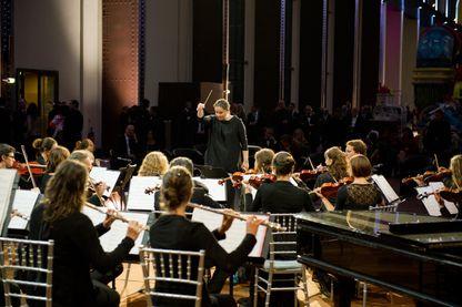 Zahia Ziouani et l'Orchestre Symphonique Divertimento, à la Cité du Cinéma