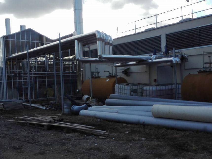 La centrale est reliée aux serres pour réutiliser la chaleur émise par le moteur