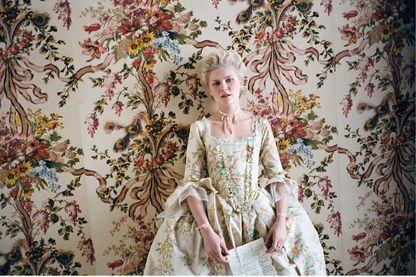 """Kirsten Dunst dans le film """"Marie-Antoinette"""" de Sofia Coppola (2006)"""
