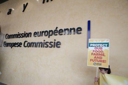 Manifestation contre le groupe Monsanto devant le siège de la Commission Européenne à Bruxelles - juillet 2017