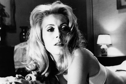 "Catherine Deneuve interprète Séverine dans ""Belle de jour"" de Luis Buñuel"