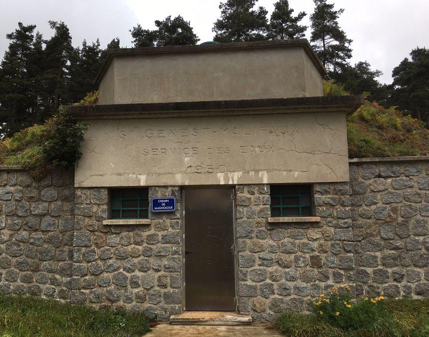 L'un des réservoirs d'eau de Saint-Genest Malifaux manque d'eau.