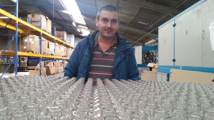 Nicolas Moufflet est le premier ingénieur au monde a développer des bouteilles fabriquées à partir de matière végétale