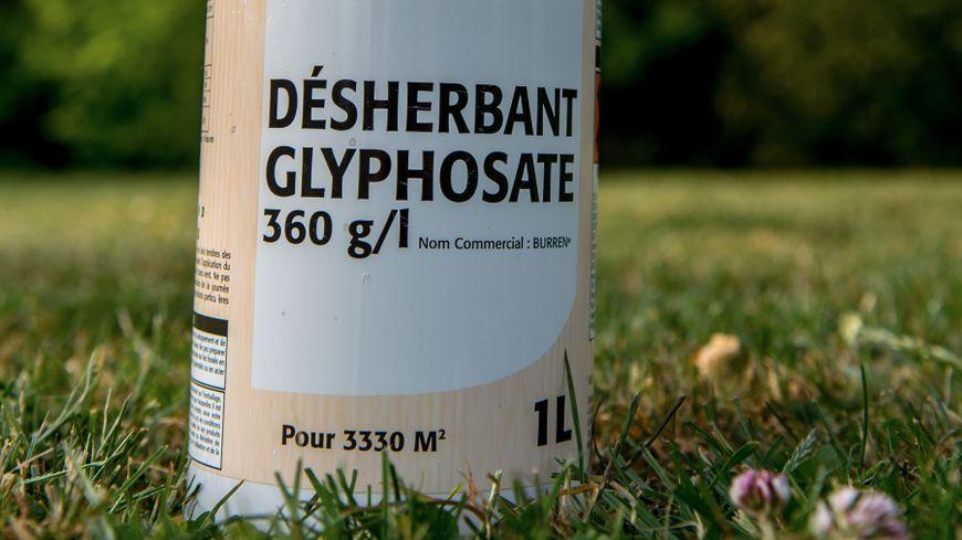 Le glyphosate est un désherbant utilisé notamment dans l'agriculture
