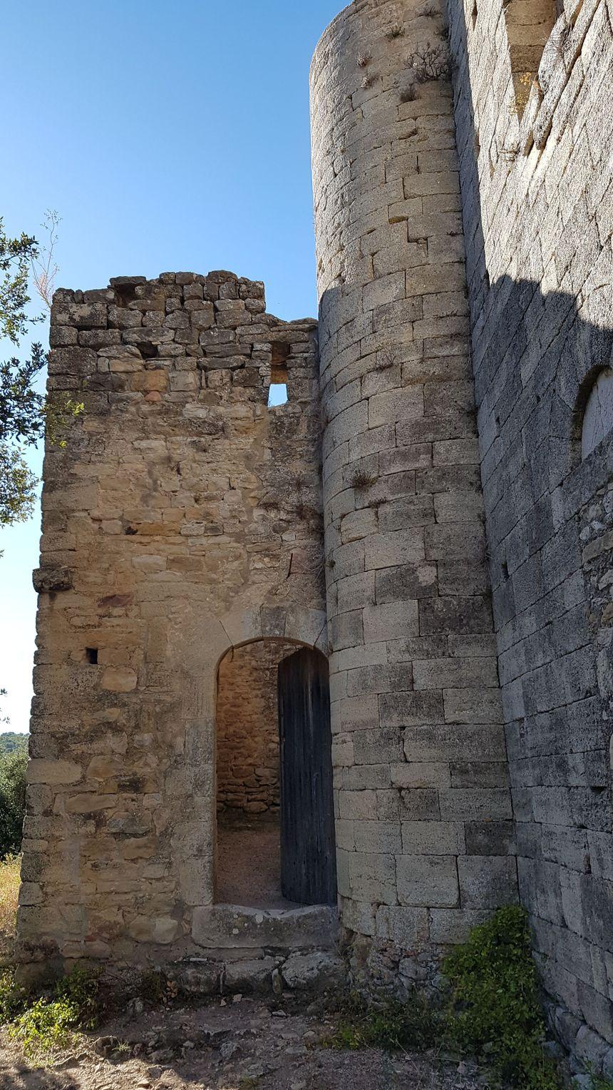 Le châtelet de la chapelle de BAUZON