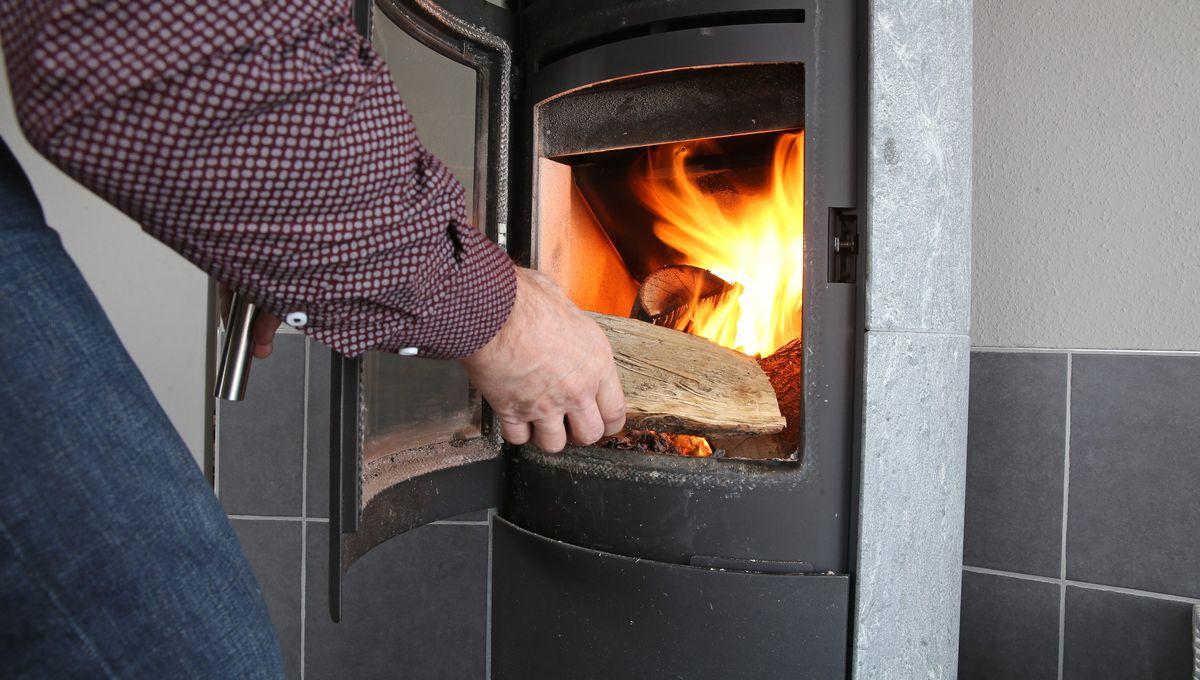 Changer Sa Cheminée Pour Poele Bois 1000 euros pour changer son chauffage au bois dans l'essonne