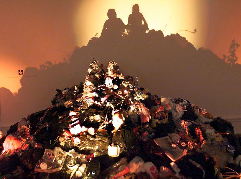Installation de Tim Noble et Sue Webster. Académie royale de Londres, 22/09/ 2000
