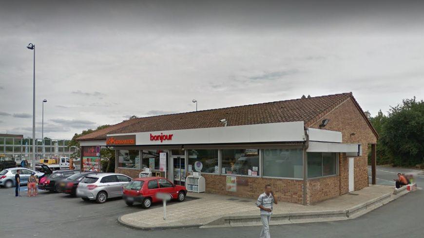 La station service de Lormont, sur la rocade, a été braquée jeudi soir par des hommes armés.