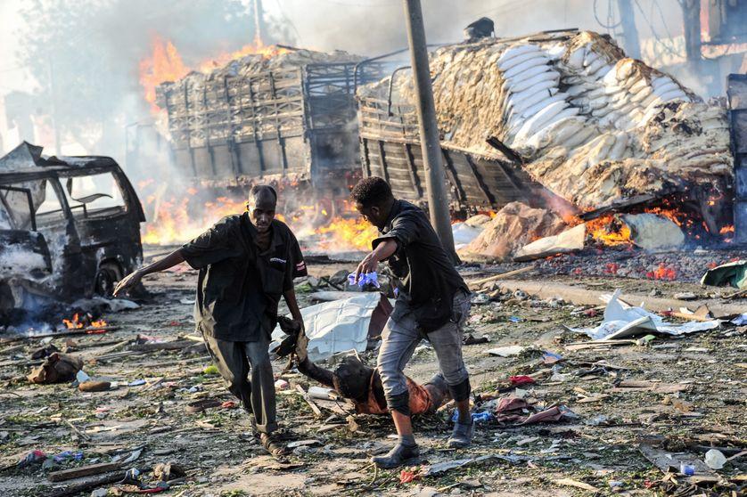 Le double attentat qui s'est déroulé samedi à Mogadiscio est le plus meurtrier de l'histoire du pays.