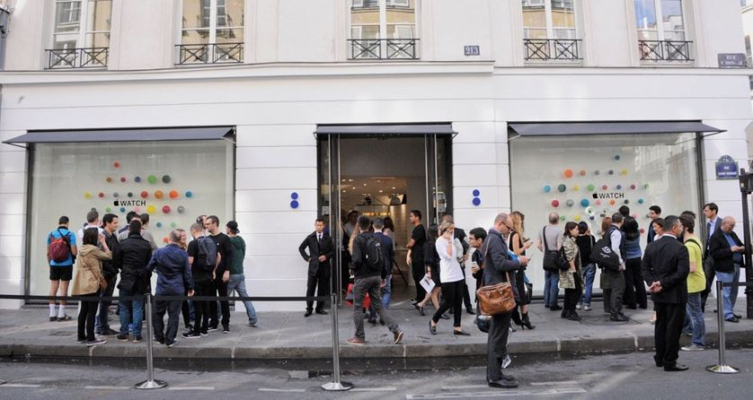 Le magasin de la rue Saint-Honoré a bâti sa renommée grâce à une sélection de produits très pointus et hétéroclites.