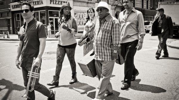 L'actualité du jazz : Gabriel Alegria Afro-Peruvian Sextet, un diable à Brooklyn