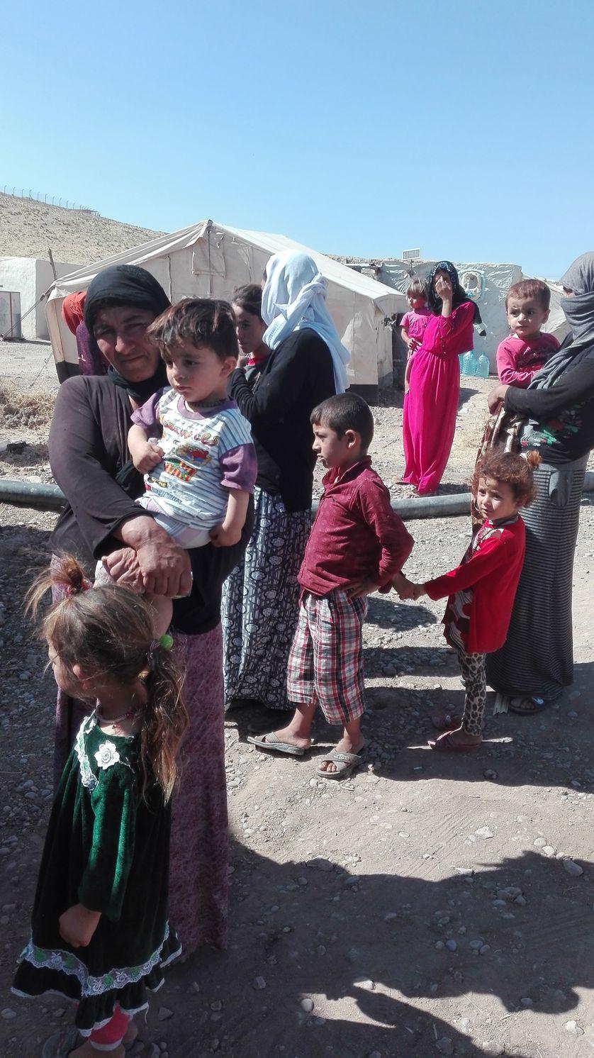 Des réfugiés yézidis dans le nord du Kurdistan irakien