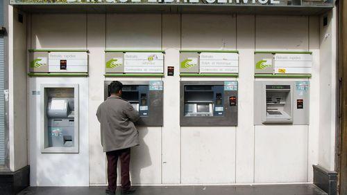 Épisode 3 : Banques à guichet fermé