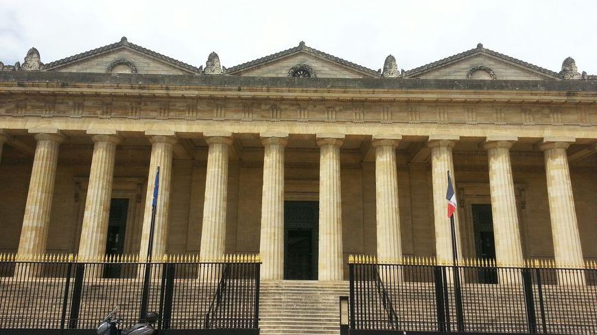 Le palais de justice de Bordeaux