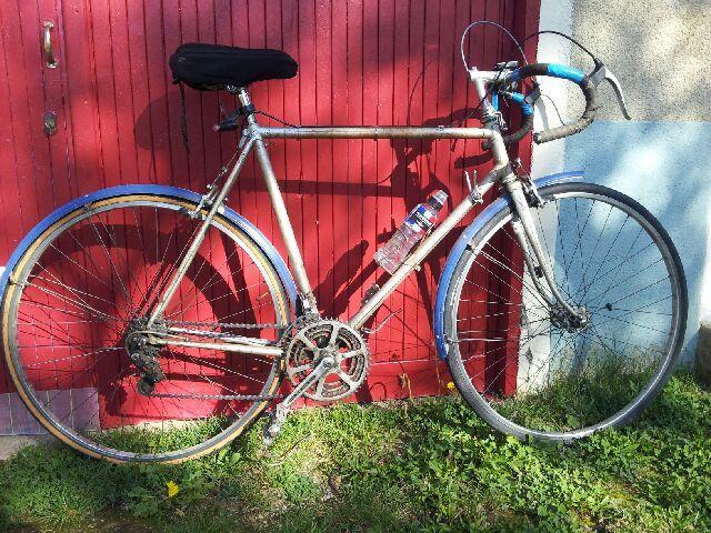 Le vieux vélo (1950) de Bernard