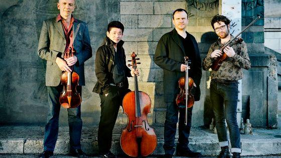 le quatuor IXI (Guillaume Roy, Atsushi Sakaï, Régis Huby et Théo Ceccaldi)