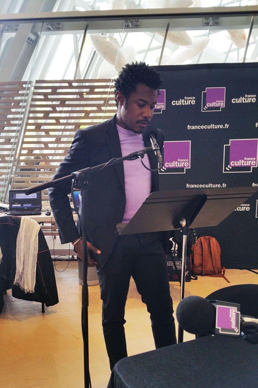 Le comédien Adama Diop à la Fondation Louis Vuitton le 11.10.2017