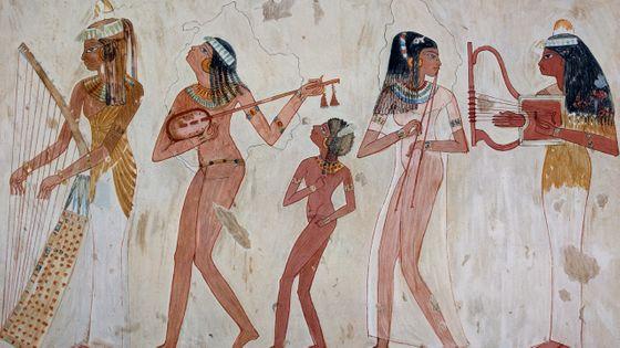 Que sait-on de la pratique musicale dans l'Antiquité ? Fresque mural égyptienne.