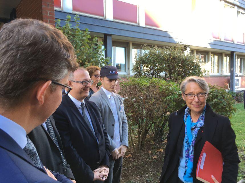 Arrivée d'Elisabeth Borne, ministre en charge des transports à Alstom Belfort.