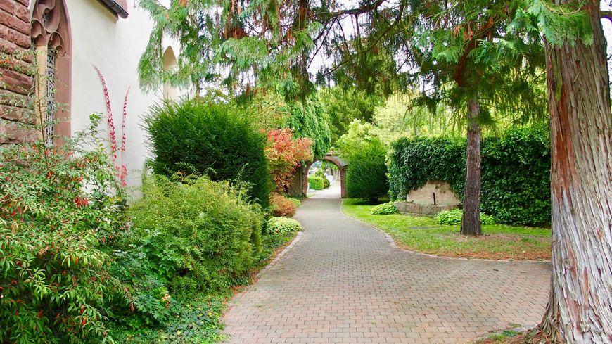 Horbourg-Wihr, la promenade du cimetière