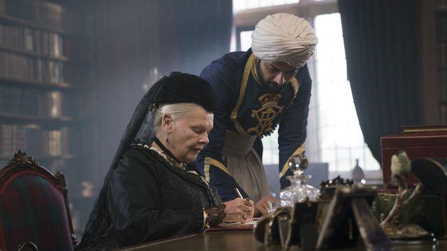 """Pierre Murat : """"Montrer la reine qui apprend à écrire et qui apprend pratiquement le Coran, etc... je pense que Stephen Frears rigole dans sa barbe."""""""
