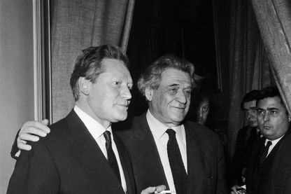 Maurice Druon et son oncle Joseph Kessel, réception au restaurant La Coupole à Paris - Décembre 1966