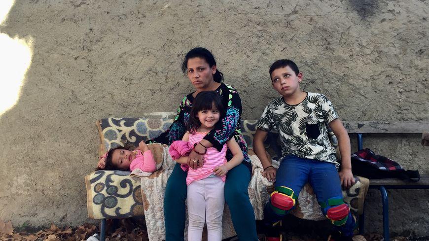 Cette famille albanaise est à la rue depuis plus d'une semaine à Toulouse