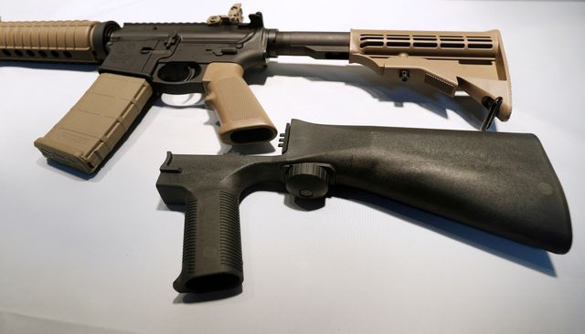 "Etats-Unis : un ""bump stock"" peut s'attacher à un semi automatique pour augmenter la vitesse de tir"