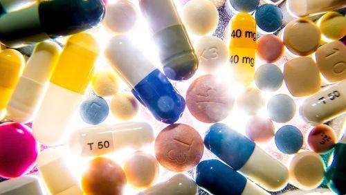 De la plante au médicament (3/4) : Le long parcours du combattant d'une pilule