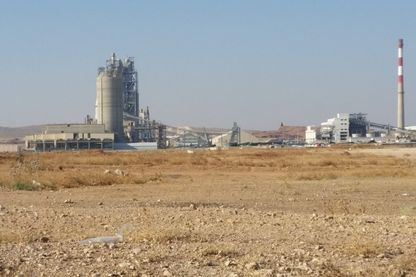 La cimenterie Lafarge, sur la route de Raqqa, en Syrie.