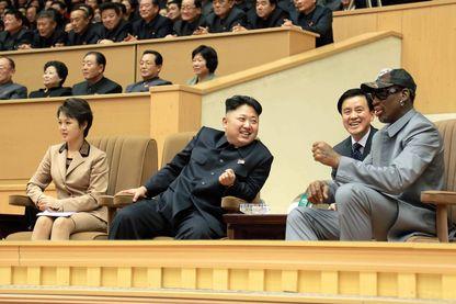 Kim Jong-Un sa femme Ri Sol-Ju et Dennis Rodman en 2014