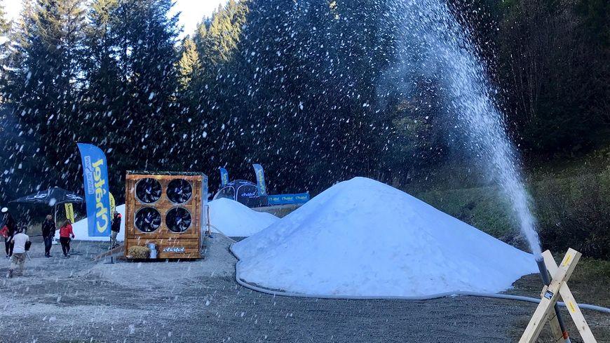 """Une première en France : Châtel s'équipe d'une """"usine à neige"""" capable de produire même par des températures positives"""