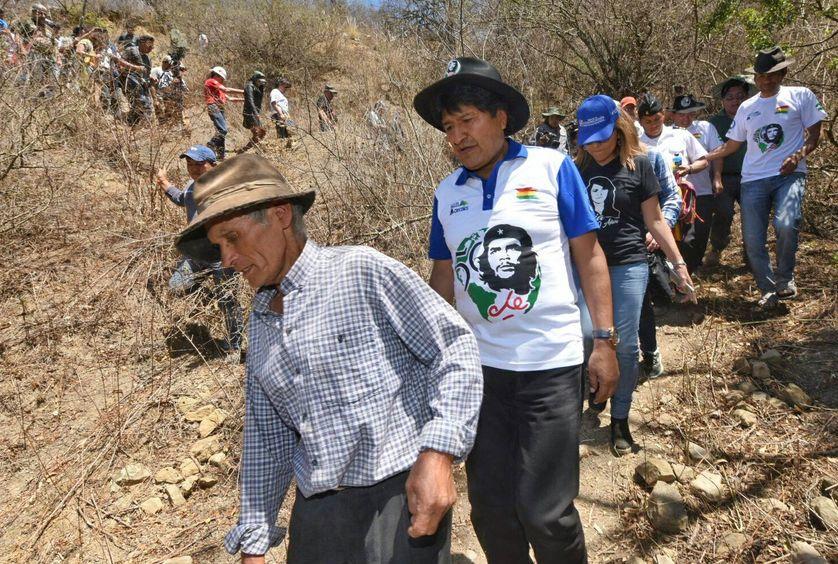 Le président bolivien, Evo Morales, a parcouru une partie de la route utilisée par le Che, il y a 50 ans. Che Guevara a été exécuté à La Higuera le 9 octobre 1967.
