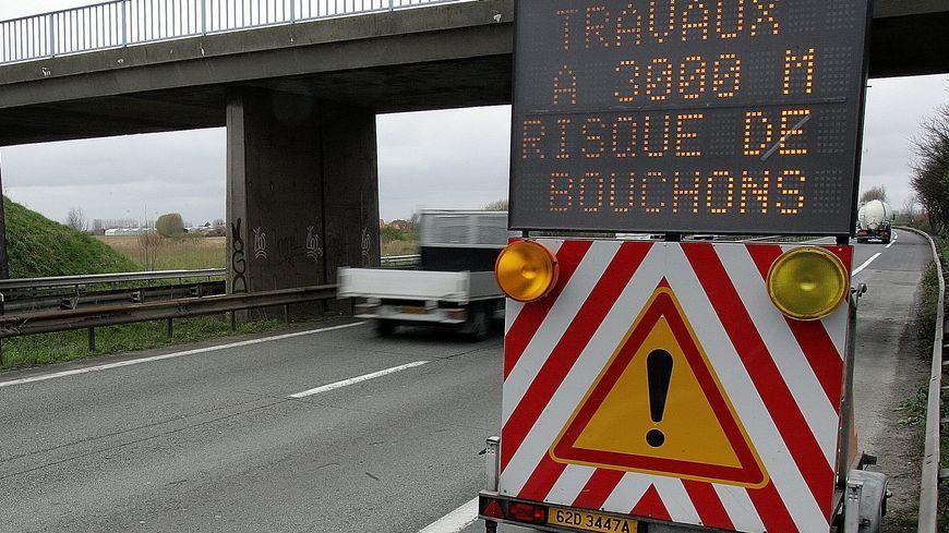 """Ecoutez le point """"info fermetures"""" sur France Bleu Provence du lundi au jeudi à 17h45, 18h45, 19h45, 20h45, 21h45 et 22h45"""