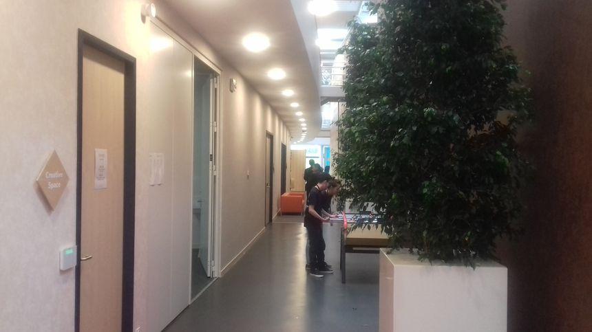 A l'intérieur du bâtiment de 3.000 m2
