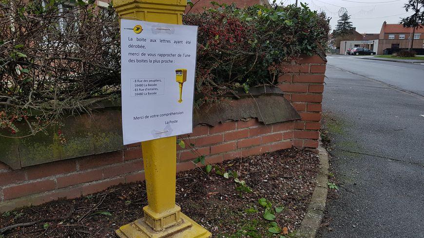 Une boîte aux lettres volée à la Bassée, près de Lille