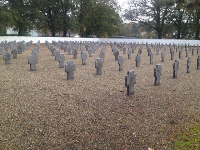 Le cimetière militaire allemand de Mont-de-Marsan compte 258 tombes de soldats allemands.