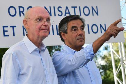 Patrick Stefanini et François Fillon lors d'un meeting dans la Sarthe en août 2015