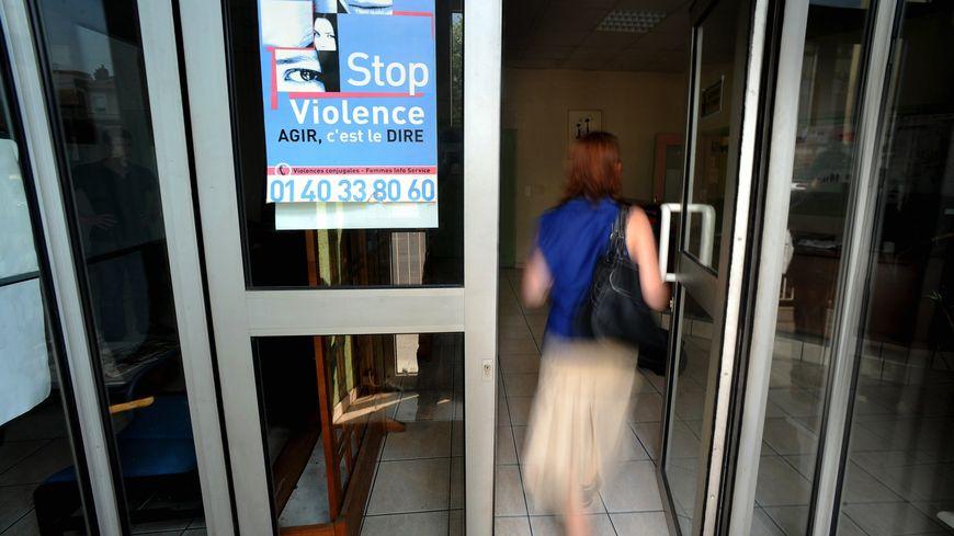 Seuls 14% des faits de violence conjugale déboucheraient sur une plainte