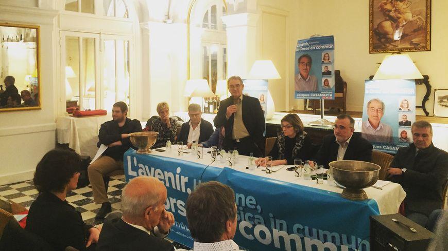 """""""L'avenir, la Corse en commun"""" e,n réunion publique à Ajaccio"""