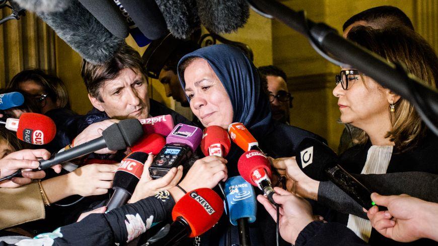 Latifa Ibn Ziaten au Palais de Justice de Paris
