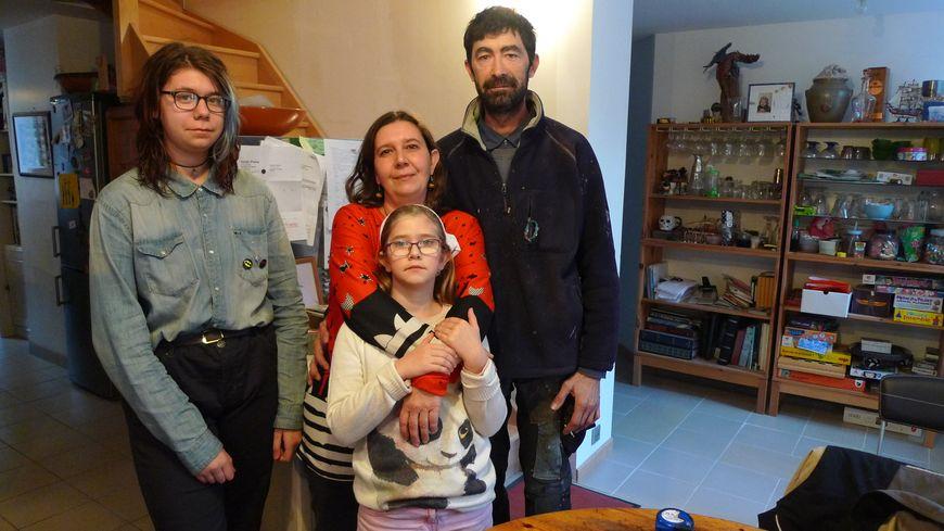 La maison de la famille Lamarre a été spécialement agrandie pour accueillir des personnes à mobilité réduite, Malay-le-Grand (Yonne)