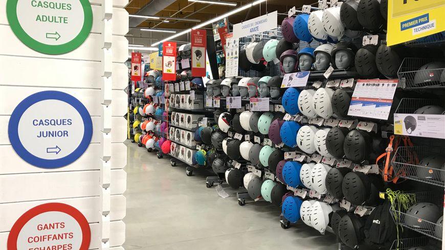 valence le nouveau magasin d cathlon veut s 39 adapter aux pratiques sportives des valentinois. Black Bedroom Furniture Sets. Home Design Ideas