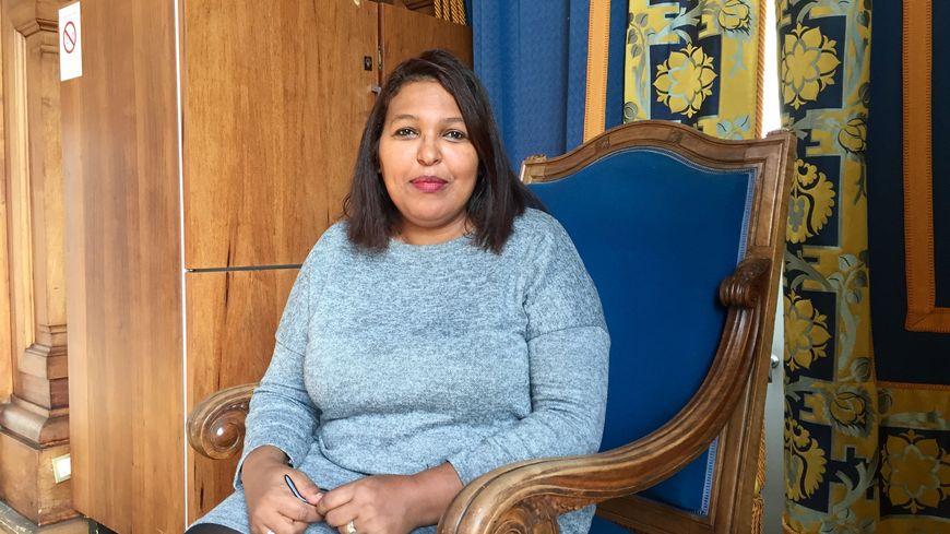 Asmae a été frappée pendant des années par son mari sous les yeux de ses enfants