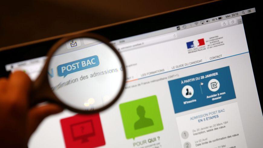 """Le site Admission post-bac sera bientôt un mauvais souvenir, place à """"Parcoursup"""""""