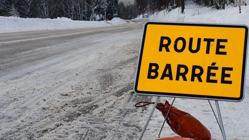 La route des crêtes est fermée chaque hiver comme ici en janvier 2016