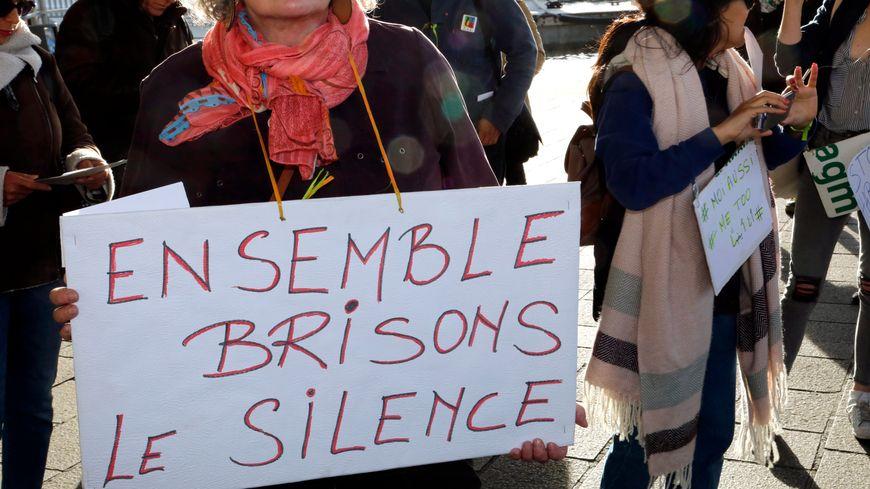 Rassemblement à l'initiative du Collectif 13 Droits Des Femmes à Marseille