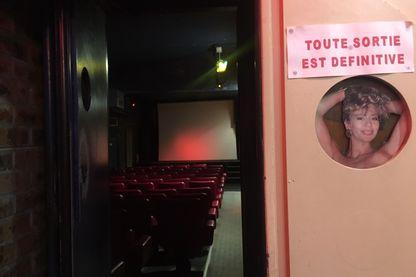 """Dernier cinéma X de Paris, le """"Berverley"""""""