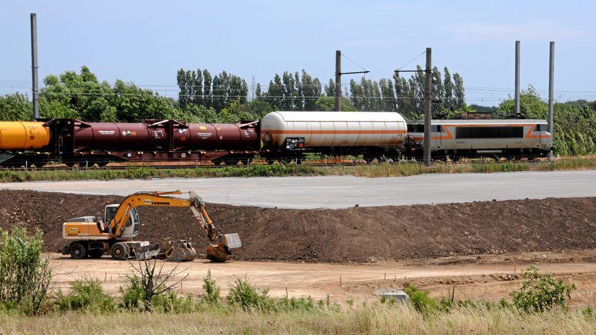 La ligne à grande vitesse accueillera d'abord les trains de marchandise