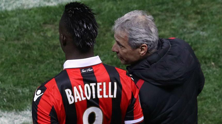 Dès sa première saison à Nice, Lucien Favre a eu à gérer la star italienne Mario Balotelli